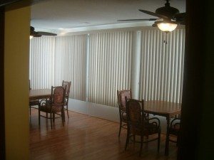 Cottage dining room 1